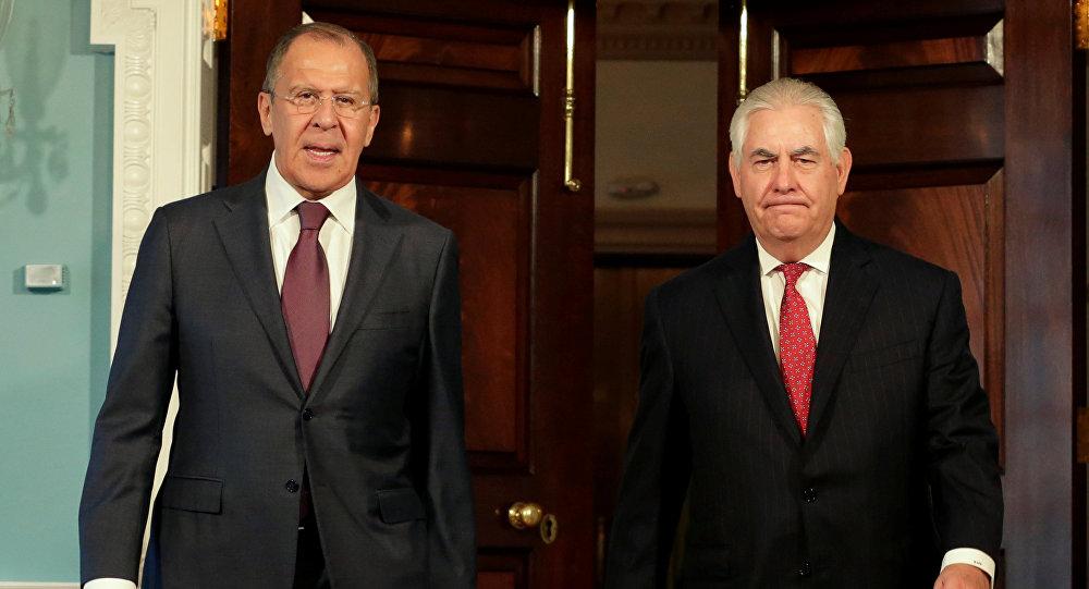 Le chef de la diplomatie russe, Sergueï Lavrov, et son homologue américain, Rex Tillerson