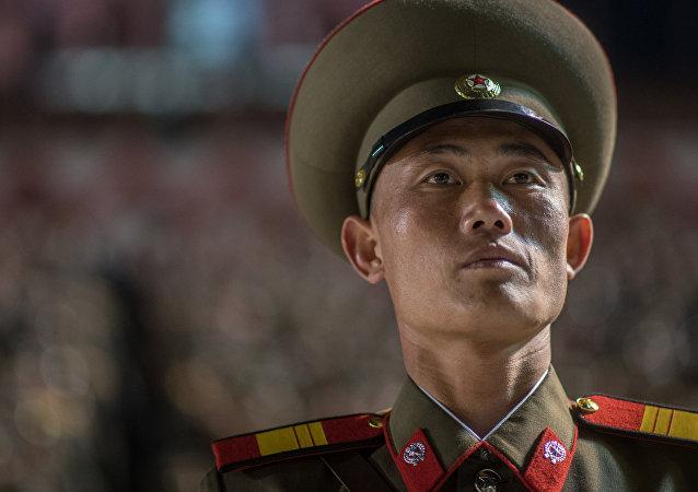 Un militaire nord-coréen