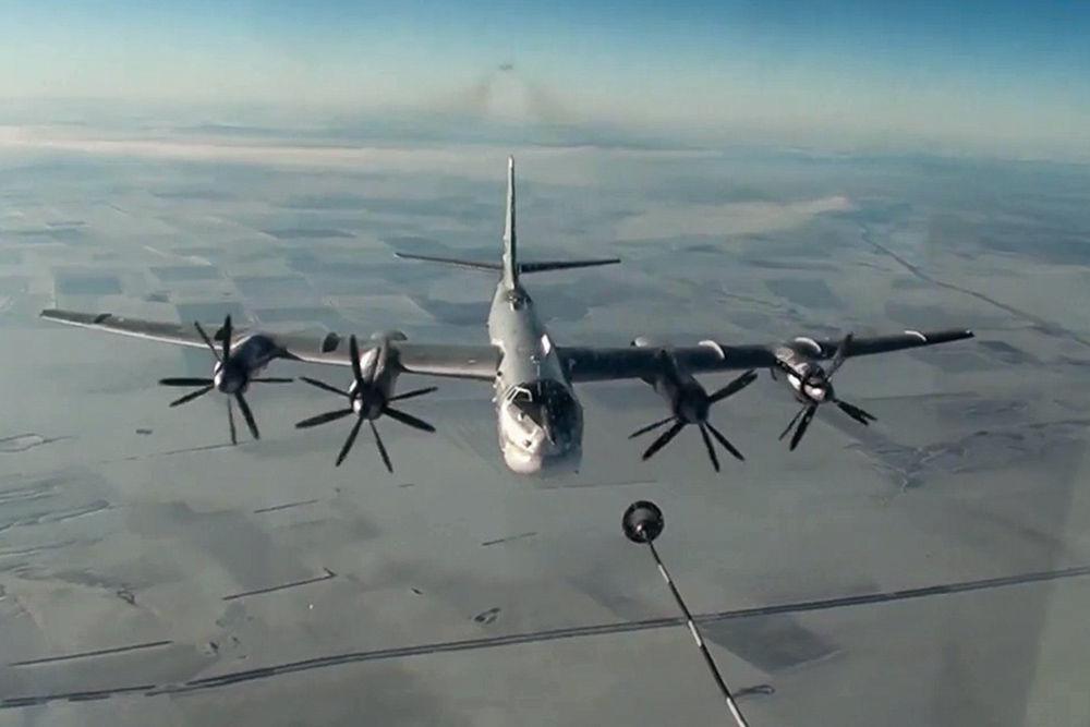 Le bombardier stratégique Tupolev Tu-95MS