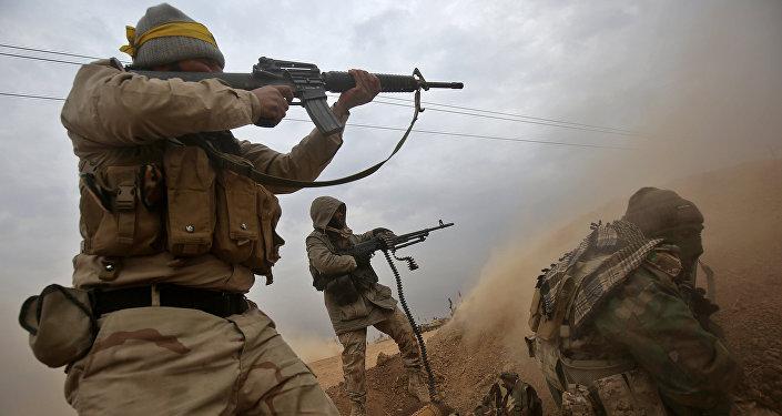 Les combattants des Hachd al-Chaabi au sud de la ville irakienne de Tal Afar