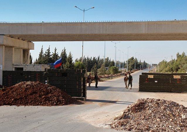 Un poste de contrôle de la police militaire russe en Syrie (archive photo)