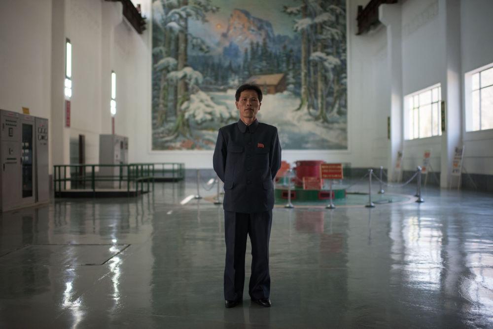 L'ingénieur de la centrale électrique de Wonsan, Choe Yong-jun