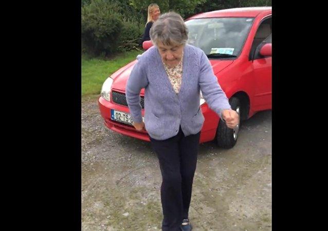 Danse comme si personne ne te voyait !