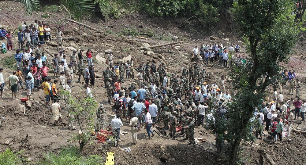 Des pluies torrentielles font au moins 94 morts en Inde et au Népal