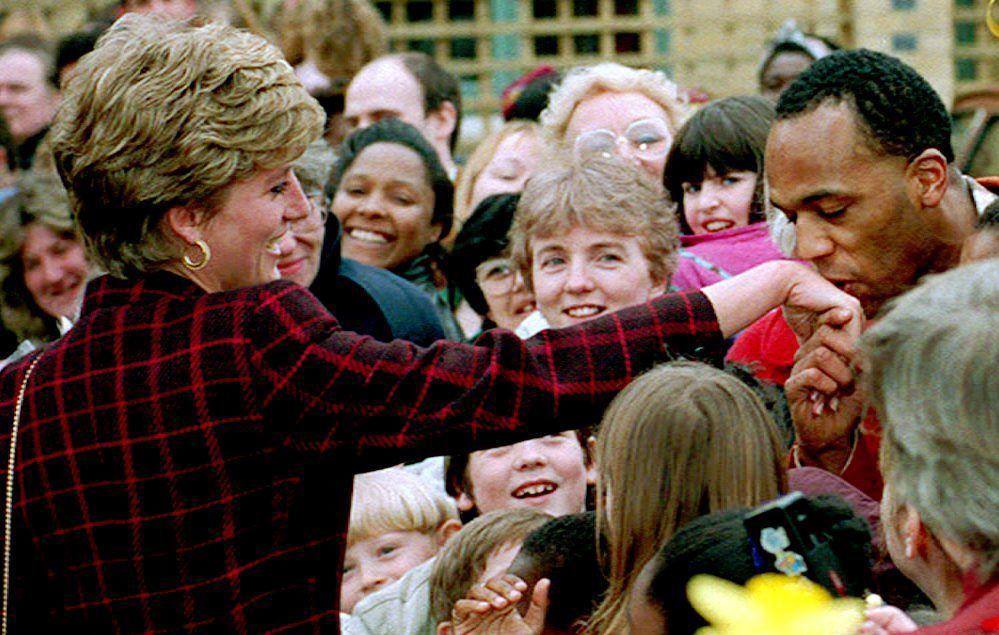 La princesse Diana lors d'un déplacement dans le quartier londonien de Southwark, 1993