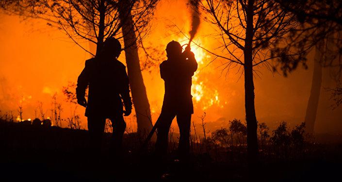 Un pompier volontaire écroué pour sept départs de feu — Vosges