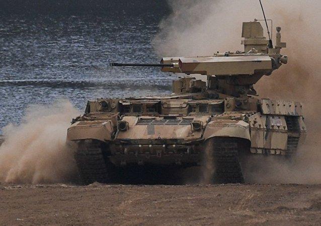 Le véhicule du Jugement dernier: pourquoi la défense russe commande des Terminators