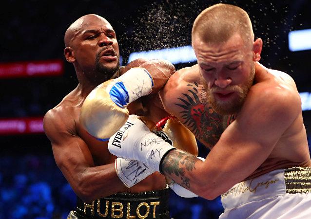 combat Mayweather vs McGregor