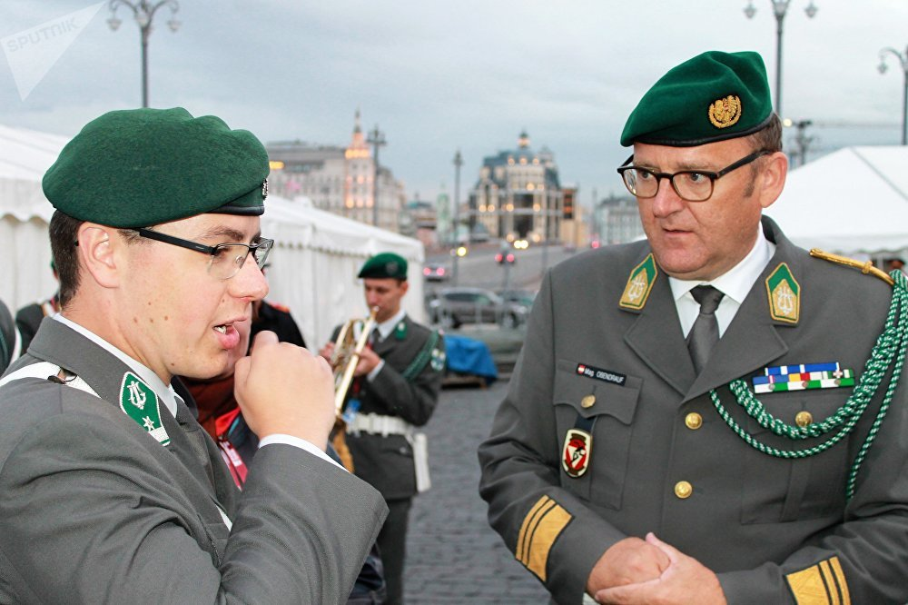 Le lieutenant-colonel Adolf Obendrauf, chef d'orchestre de musique militaire de Basse-Autriche