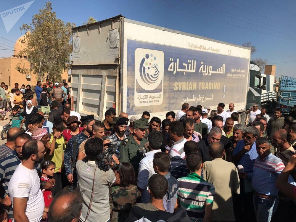 Un convoi chargé de vivres et de médicaments est arrivé à Deir ez-Zor