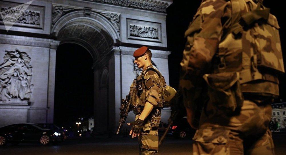 Éradiquer le terrorisme: sept moyens pratiques pour les nuls