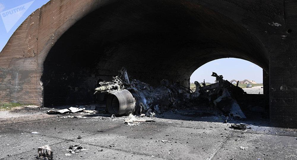 Les conséquences des frappes US contre la base militaire Shayrat en Syrie