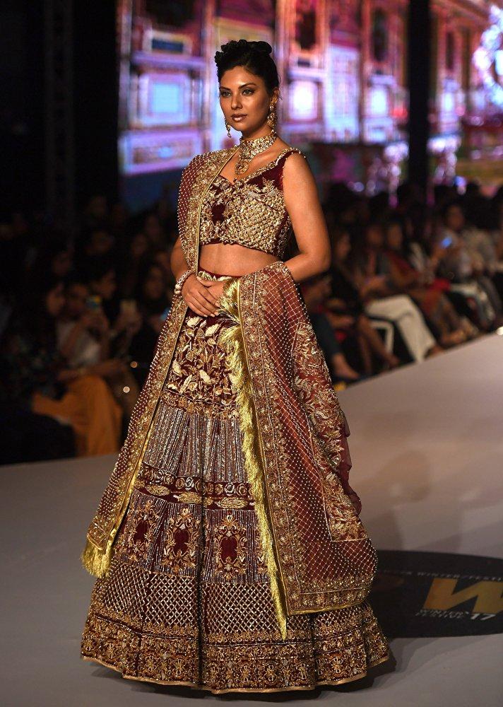 Le chic oriental à la Semaine de la mode de Karachi