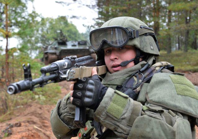 un fusil d'assaut Kalachnikov