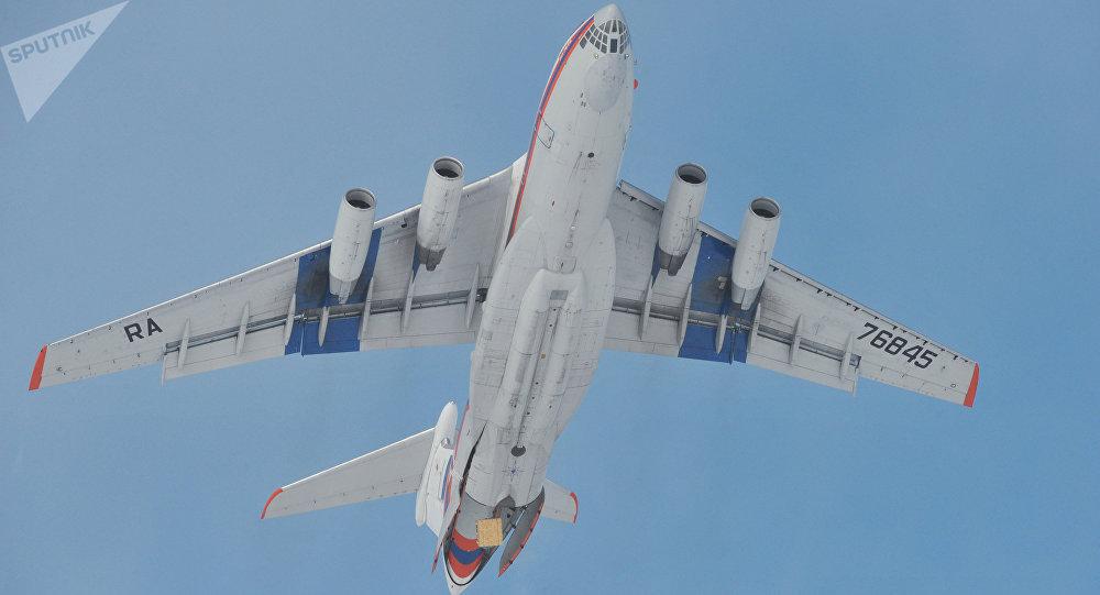 Un Il-76