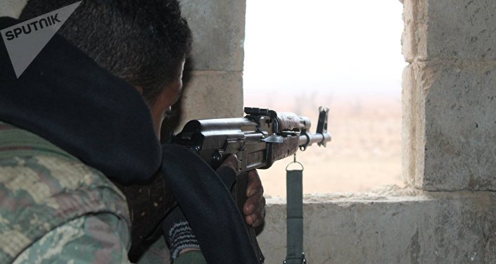 Un combattant des FDS à Raqqa