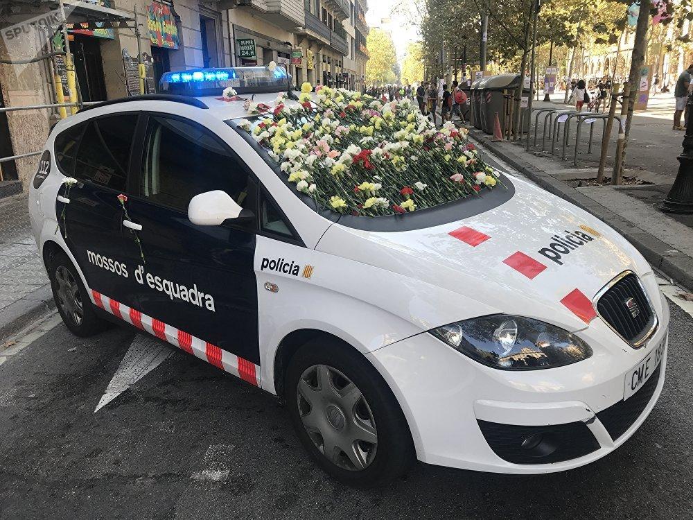 On voit souvent toutefois des œillets sur les voitures de police