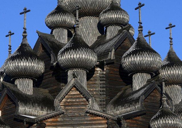 Chefs d'œuvre de l'architecture religieuse en bois de la Russie
