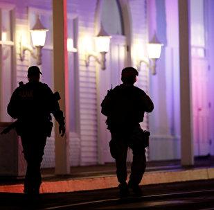 La police près des lieux de fusillade à Las Vegas