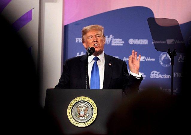 Donald Trump lors d'une conférence à Washington