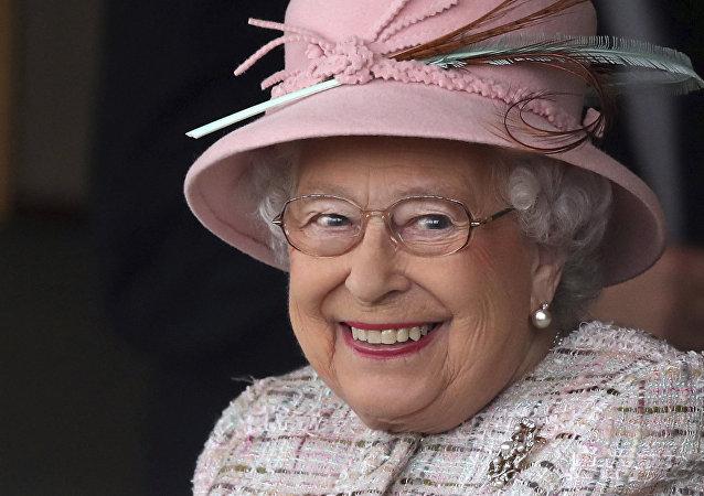 Le reine d'Angleterre