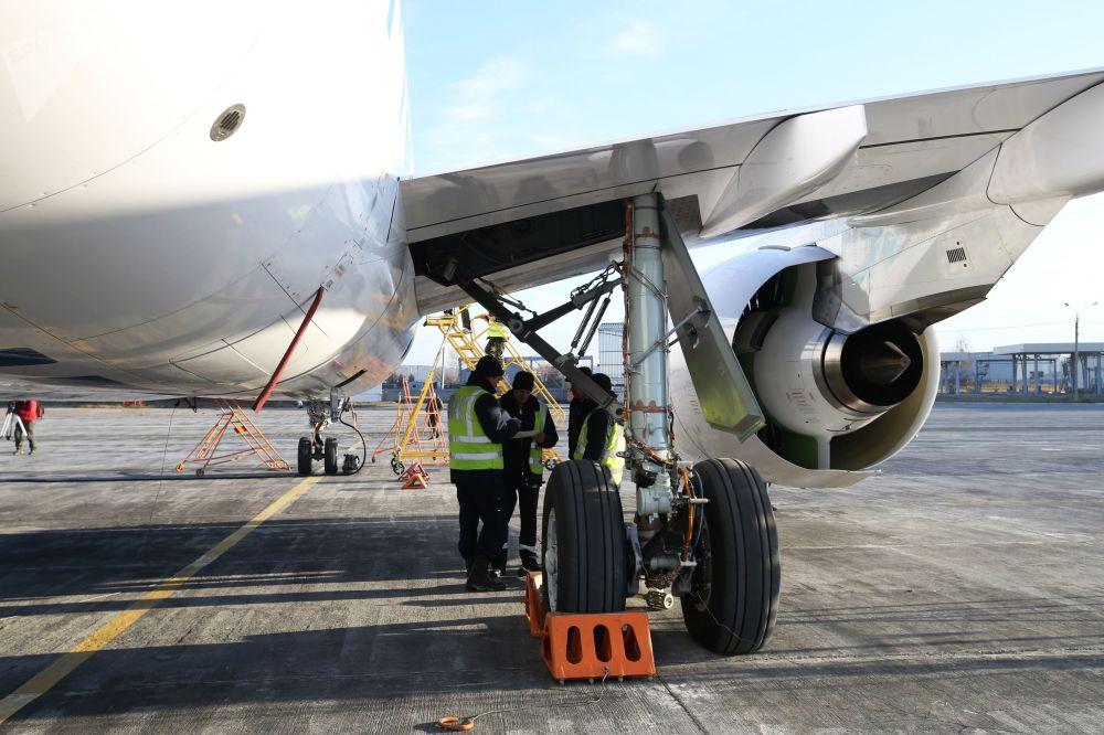 Le premier long trajet de l'avion de ligne moyen-courrier MS-21
