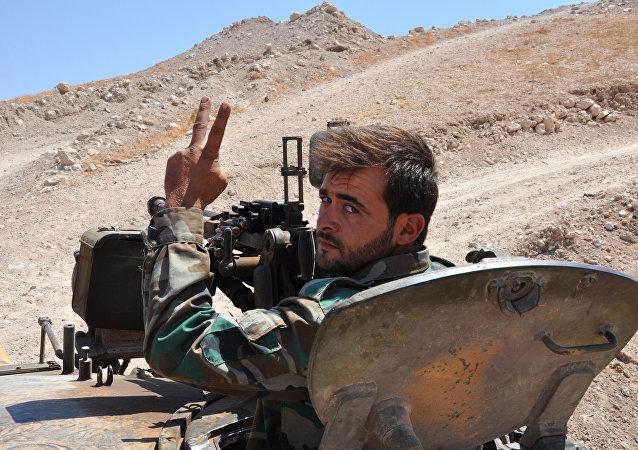 Un militaire syrien dans la province de Hama