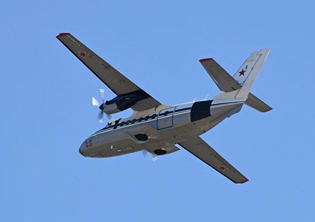 Un avión L-410  (archivo)