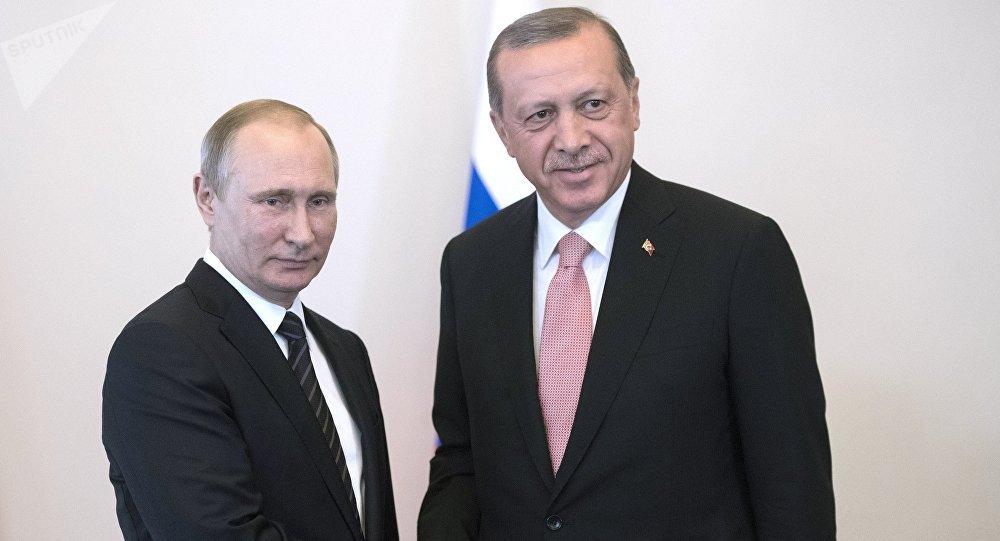 À quoi est dû le rapprochement entre la Russie et la Turquie?