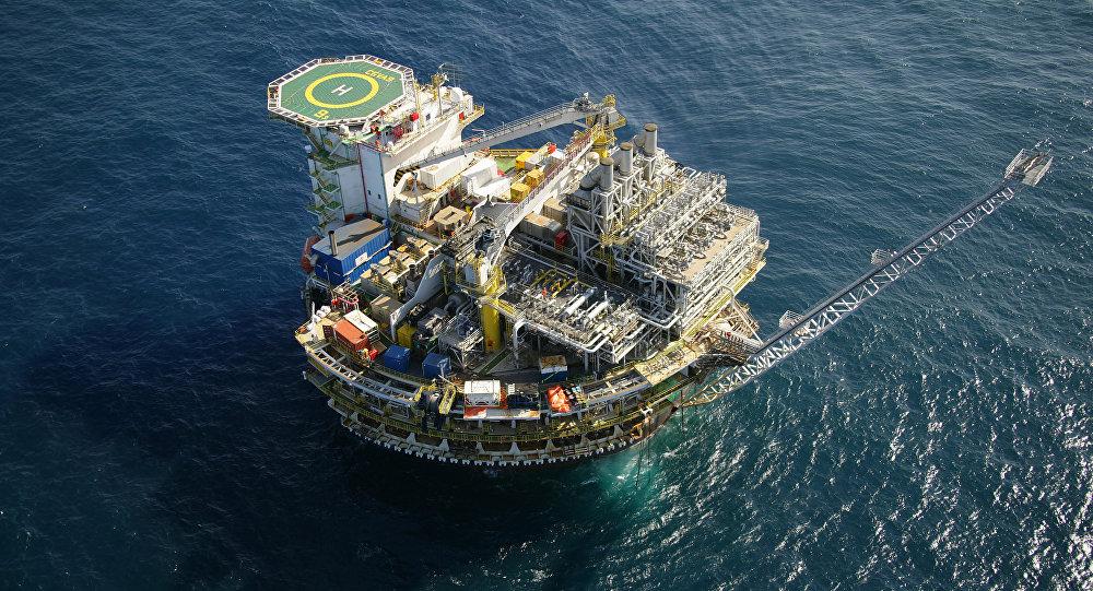 Une plate-forme pétrolière de Pre-Sal
