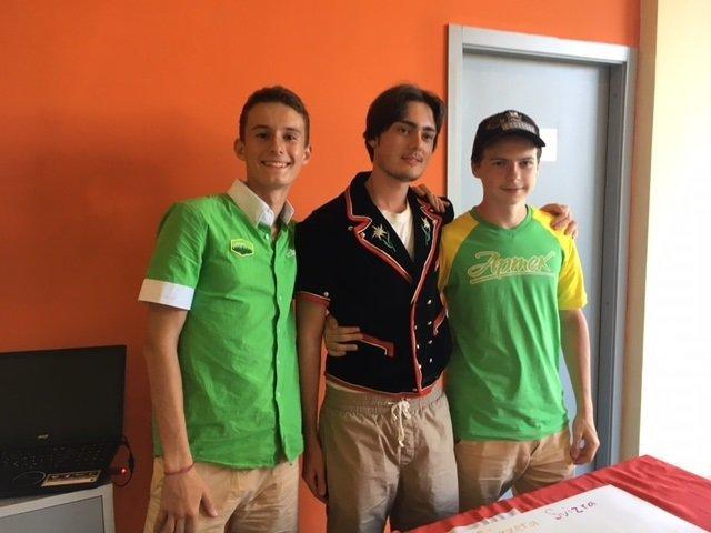 «Cure de désintox contre l'individualisme» en Crimée pour de jeunes Français