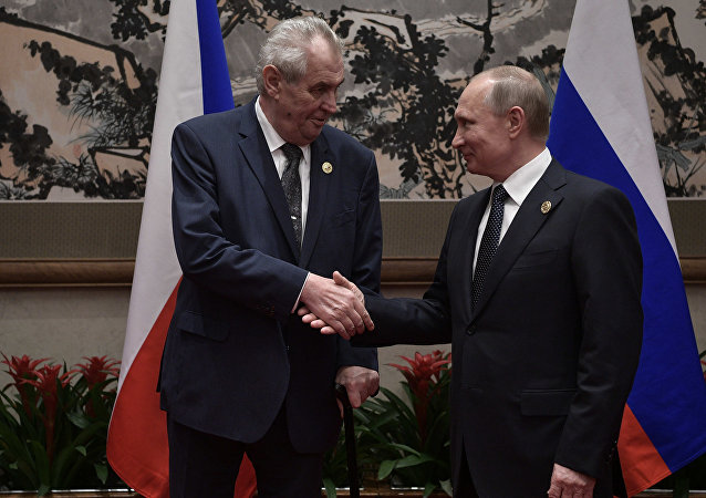 Milos Zeman et Vladimir Poutine