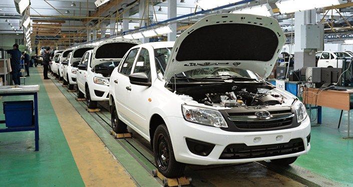 Une usine de Lada en Russie