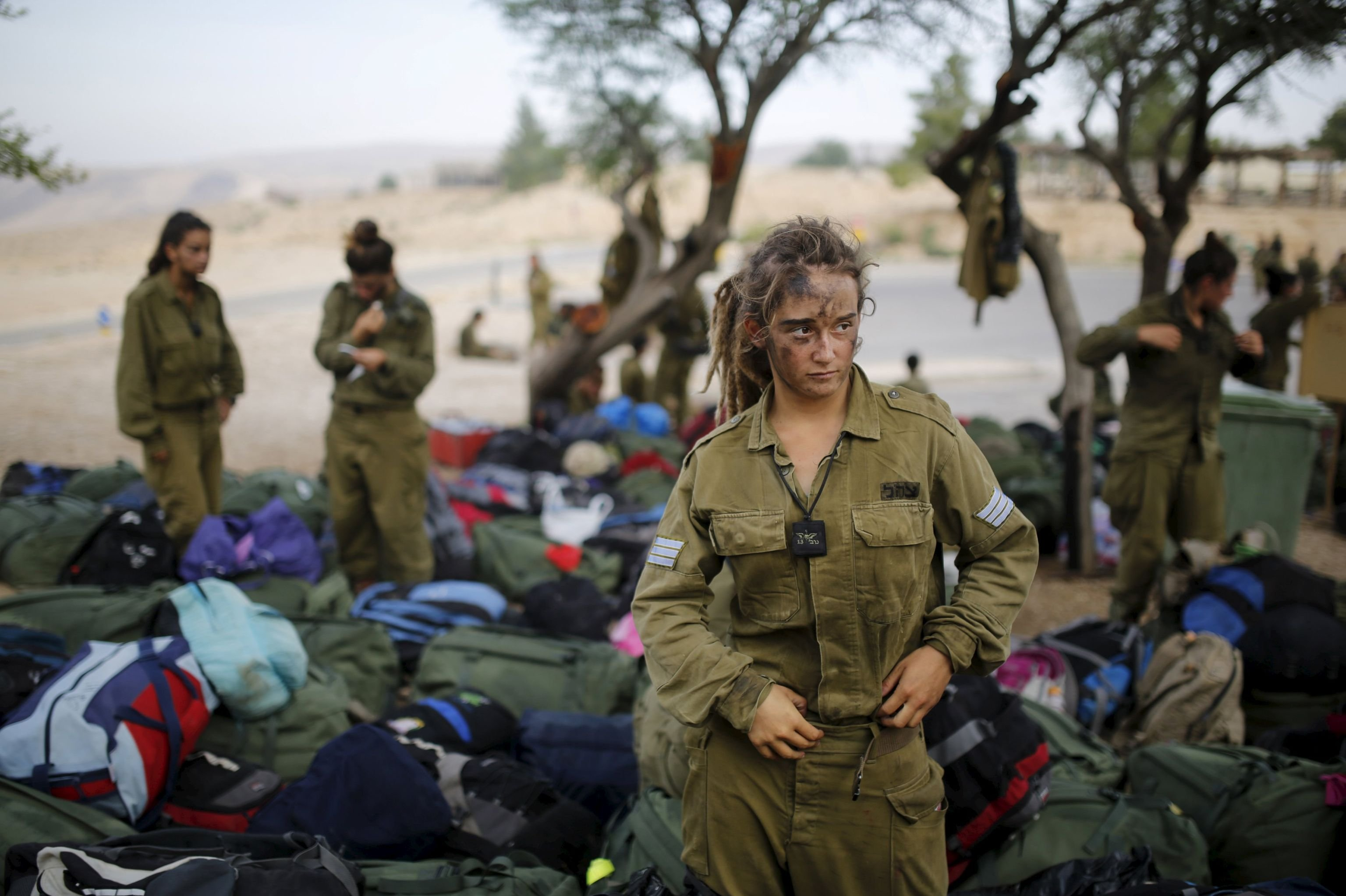 Jeunes filles-soldats du bataillon israélien Caracal