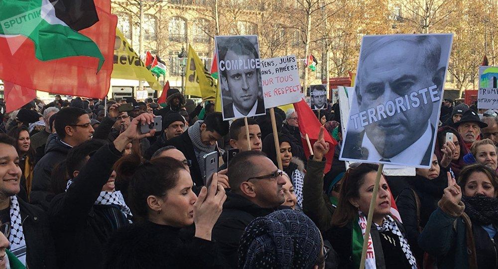 Paris manifeste contre la décision de Trump sur Jérusalem