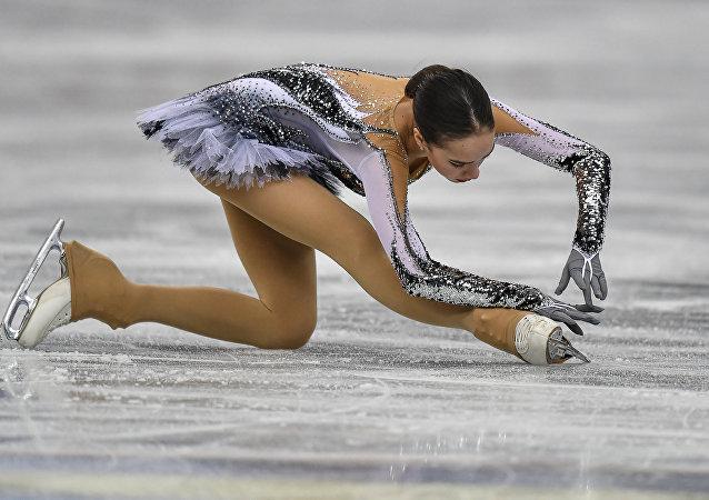 Alina Zagitova lors du programme court en finale du Grand Prix