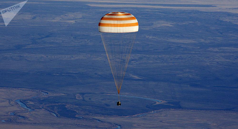 VIDÉO. Retour sur Terre réussi pour trois astronautes de l'ISS