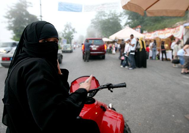 Les Saoudiennes pourront bientôt conduire des motos