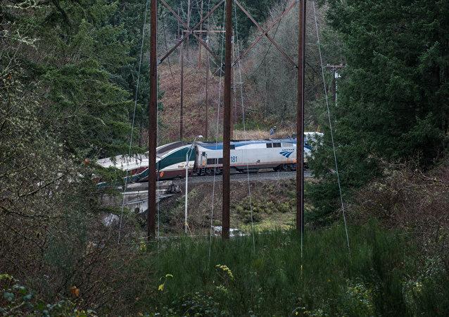 Le train déraillé dans l'État de Washington le 18 décembre 2017
