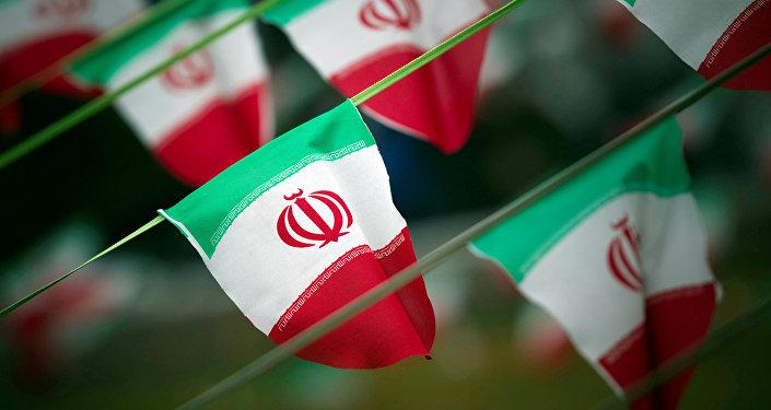 drapeaux iraniens