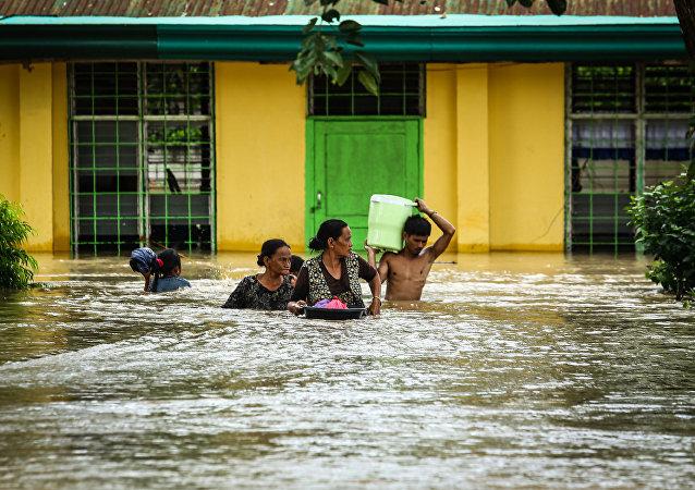 Conséquences de la tempête tropicale aux Philippines