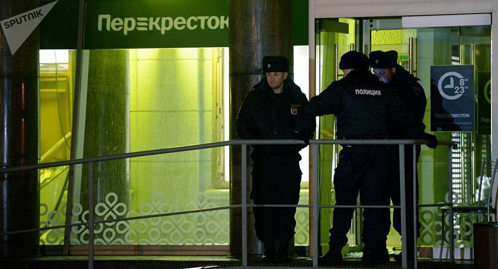 un supermarché de la ville de Saint-Pétersbourg est accusé de terrorisme