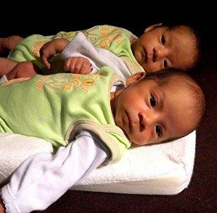 Des jumeaux