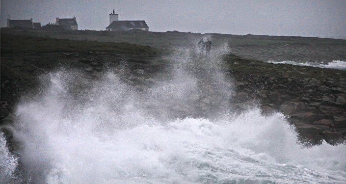 La tempête Eleanor prive d'électricité 200.000 foyers en France