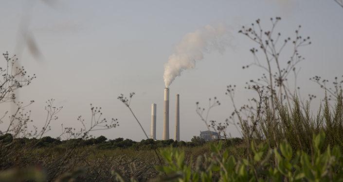 Une centrale électrique israélienne d'Ashkelon, située non loin de la frontière avec la bande de Gaza