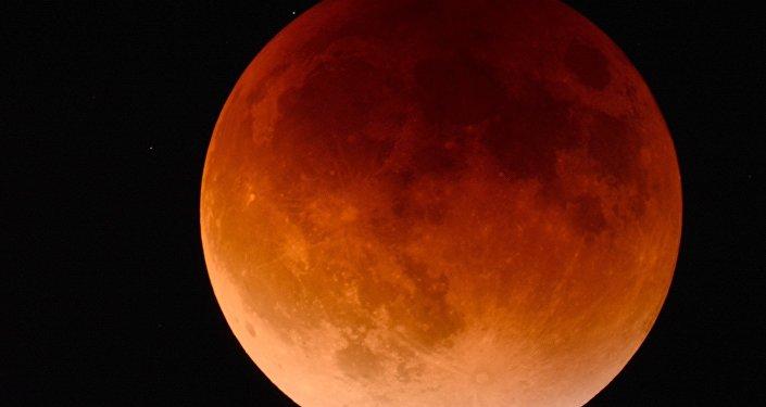 Lune de sang (image d'illustration)