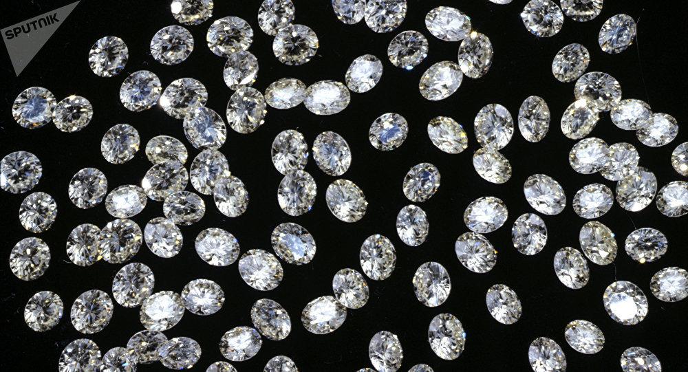 Festival de Cannes: 5 millions $ de bijoux oubliés dans un avion