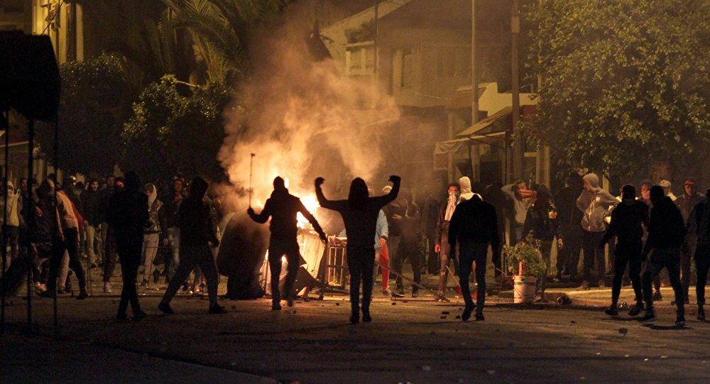 Troubles sociaux en Tunisie: le rideau tombe sur «les Nocturnes de ...