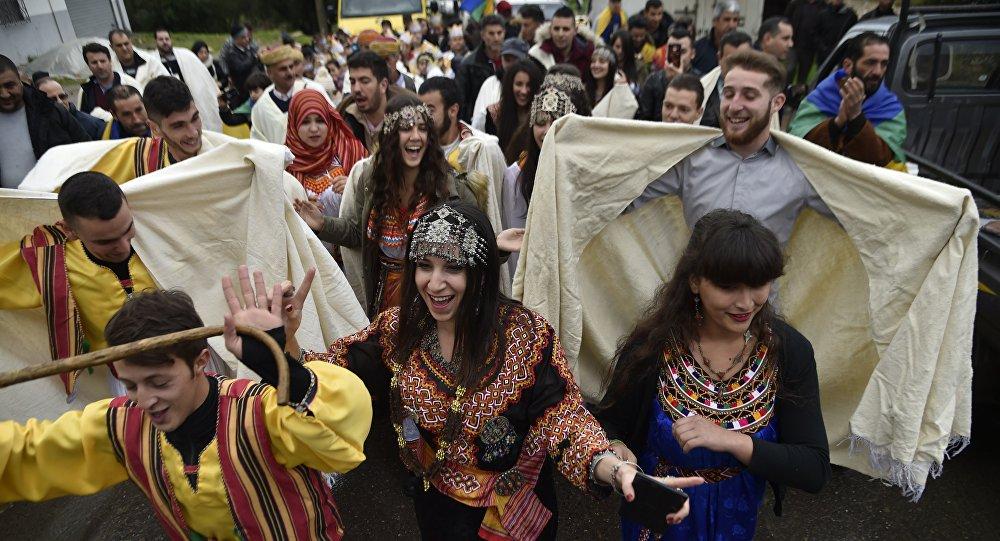 Les Berbères algériens célèbrent le Nouvel An berbère en Algérie, le 12 janvier 2018