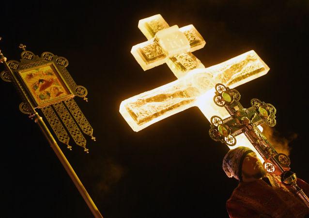 Porochenko fait de l'Église orthodoxe russe une «Église d'État» et tombe dans un piège